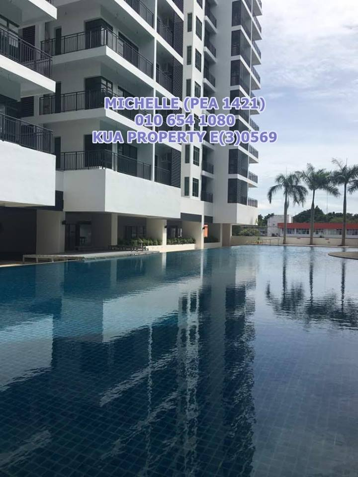 Level 10 Sapphire On The Park Condominium For Rent